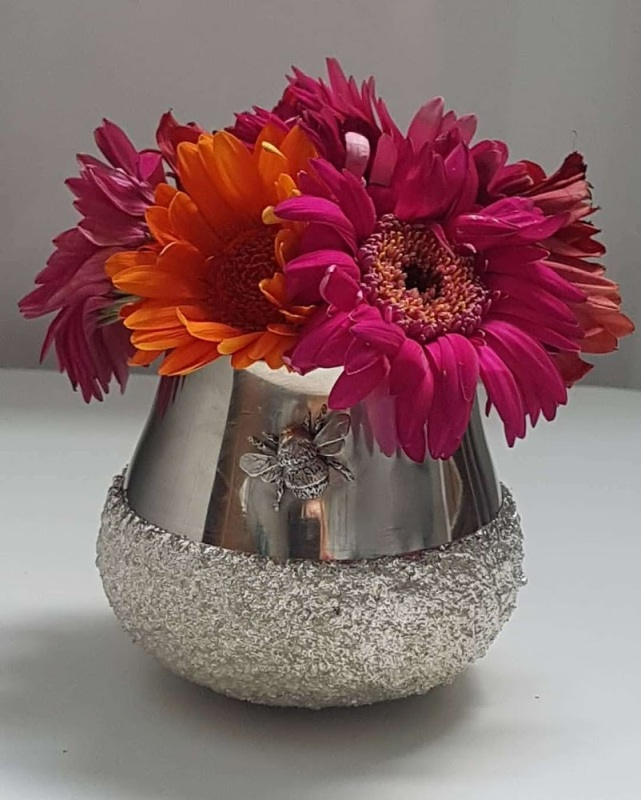 Polished pewter honeypot with textured cast base and cast honey bee. Bowl Dimensions :- Approx. 8cm Diameter Approx. 7cm Height
