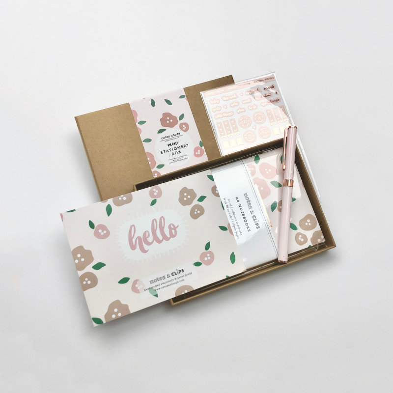 After the success of our larger sized Stationery Boxes, we bring you the Mini Floral Blush Stationery Box. This A6 sized box contains 4 pieces of gorgeous blush floral and rose gold stationery which would make any stationery lovers heart flutter!