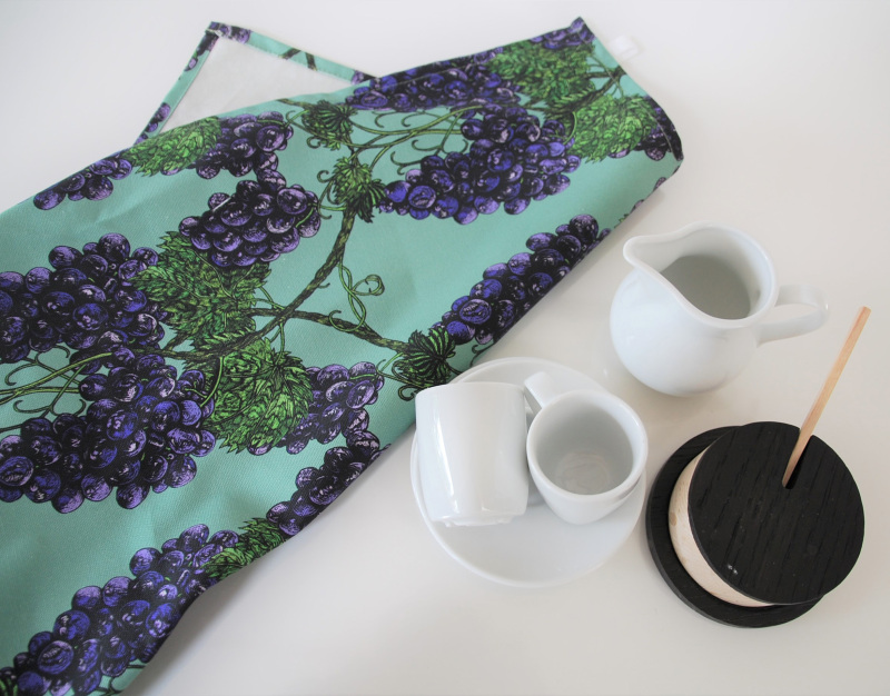 100% half panama cotton, 309 gsm with care label, with hanging hook on tea towel