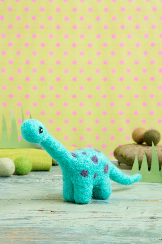 Diplodocus. Discover the therapeutic craft of needle felting & transport yourself to a crafty land that time forgot with our Diplodocus needle felting kit. Turn the loose fluffy British wool into a miniature wool sculpture of this ginormous creature.