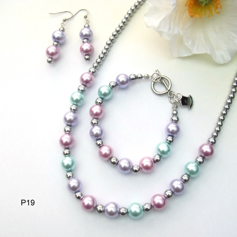 Pearlised glass and silver plated haematite necklace, bracelet and earrings