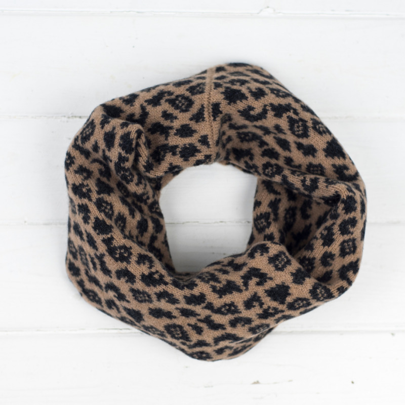 Stylish snood in our leopard pattern handmade using a soft, rich lambswool this makes the perfect accessory for autumn/winter.